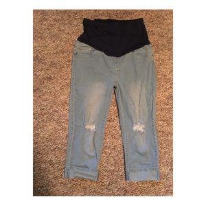 Maternity blue jean capris size L